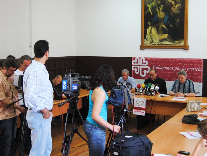 Presentación a los medios de la memoria 2011 de Cáritas La Rioja