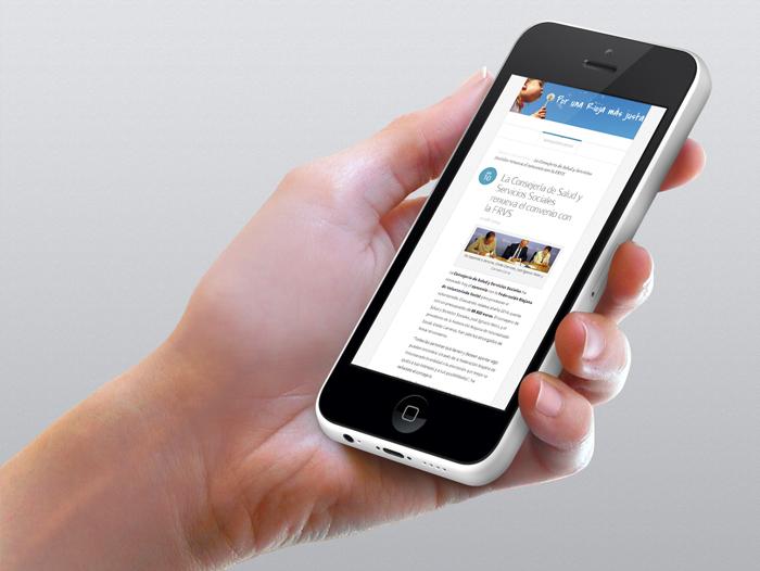 El website está adaptado para dispositivos móviles