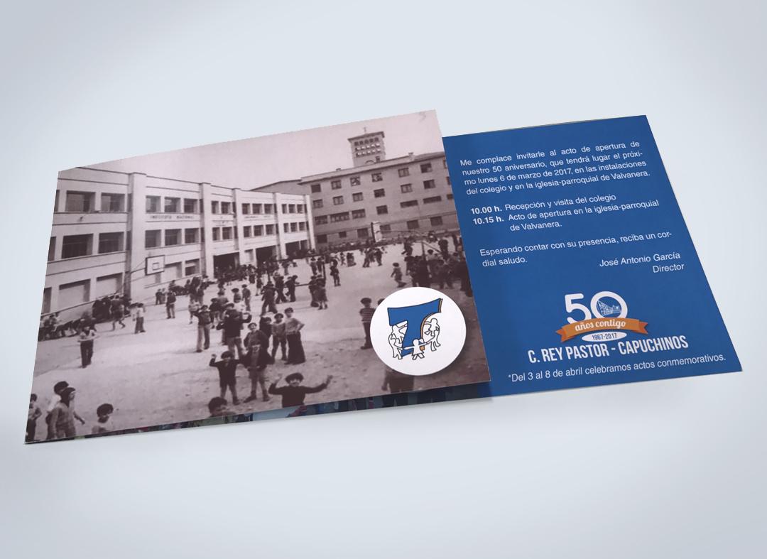 Con motivo del 50 aniversario se requirió la elaboración de materiales gráficos, como la invitación para el acto inaugural.