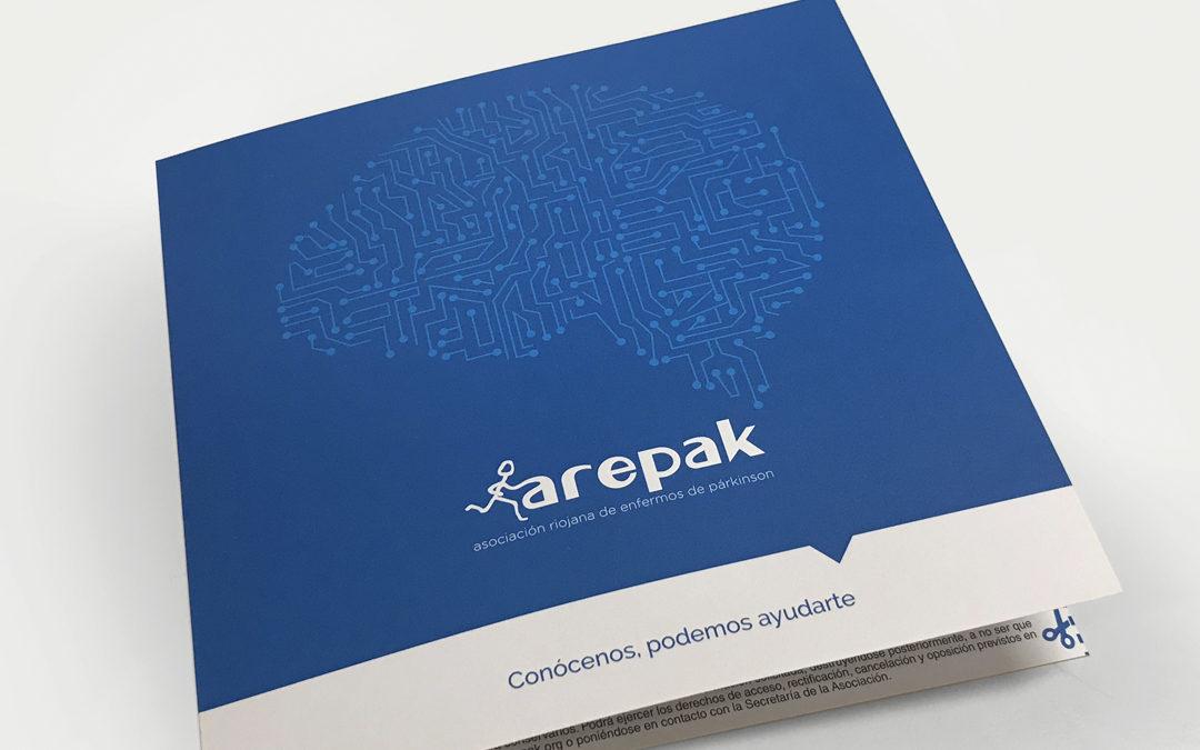 Comunicación y desarrollo de diversos materiales para Arepak